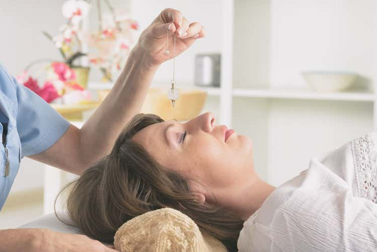 Apakah Hipnoterapi Berbahaya?